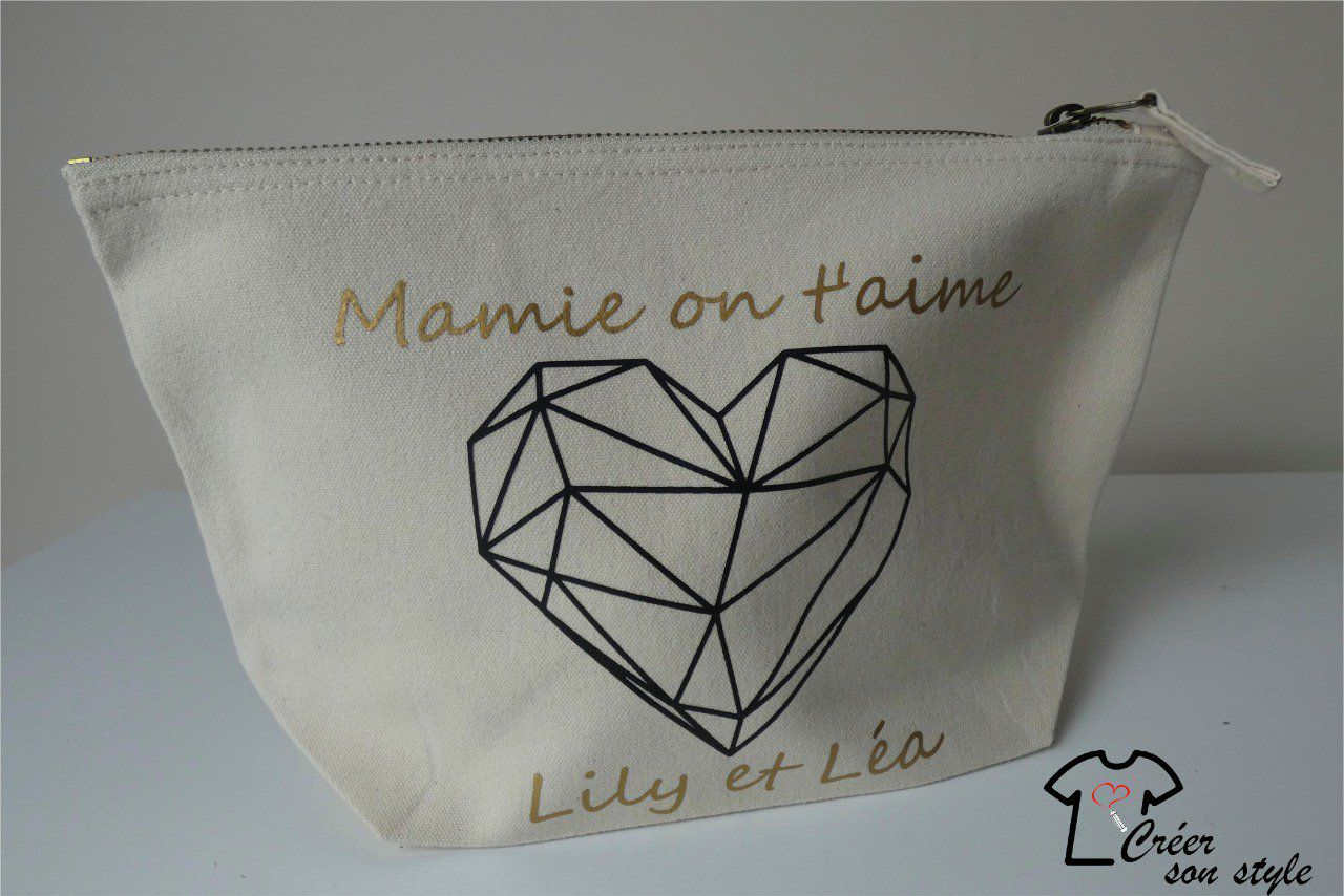 "pochette ""Mamie on t'aime"""